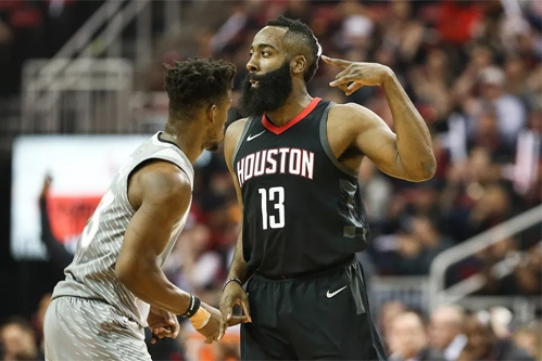 Houston Rockets ra quân suôn sẻ tại play-off NBA